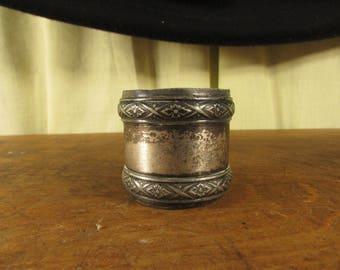 Shabby Edwardian Silver Plate Napkin Ring Plain Center
