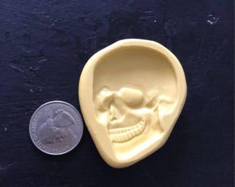 Lg. Skull Mold