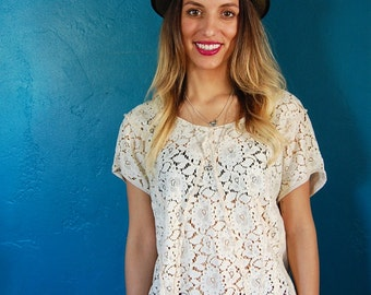 Vintage 1970s Cream Lace Blouse - Boho Top - Size Medium