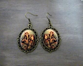 Boucles d'oreilles Ovales festonnées, Boucles d'oreilles cabochon  rétro vintage Les petites sirènes