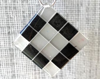Diagonal - necklace with black and white epoxy resin pendant