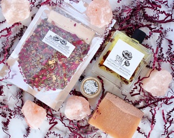 Pamper Spa Gift - Gift For Mom - Bath & Beauty Gift Set - Gift Set - Natural Skin Care Set - Mother's Day Gift