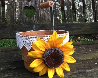 Fall Wedding Flower Girl Basket / Sunflower Basket / Fall Wedding / Rustic Flower Girl Basket / RusticWedding / Shabby Chic Fall Wedding