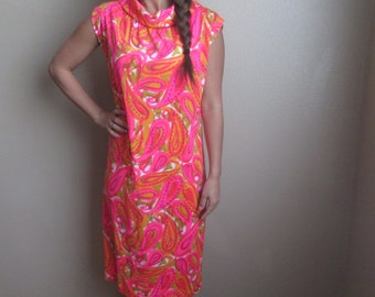 1960's Wilroy Psychedelic Hot Pink Sun Dress Size Large