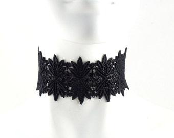 Verkauf-schwarzen Spitzen-Halsband in spitzen Blättern Stickerei - Statement Chocker, Boudoir, Gothic, Lolita