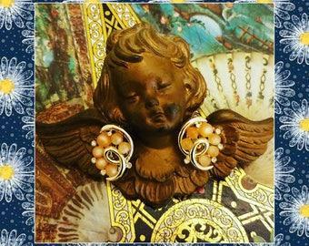 Judy Lee rhinestone moonglow goldtone clip on earrings free shipping!