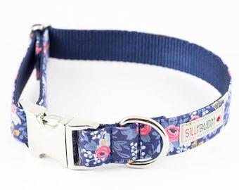 Les Fleurs Rosa Floral Navy Dog Collar - Rifle Paper Co.