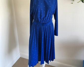 Vintage 80s Cobalt Blue Geo Print Pleated Skirt Midi Dress. Size 12-14