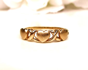 Vintage Heart Wedding Band 10K Yellow Gold Promise Ring Vintage Bridal Jewelry Romantic Gold Stacking Ring Size 7.5