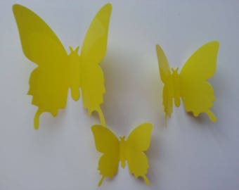 moyen  papillon  3D jaune  en plastique 8*7 cm