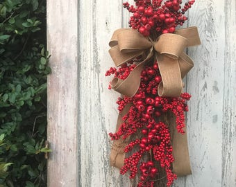 Berry Swag, Red Door swag, Christmas Swag, Winter Swag, Back door Wreath, Christmas Door Swag, Christmas Berry Wreath, Christmas Berry Swag
