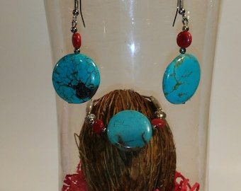 large bold extra cute turquoise earrings and bracelet set.