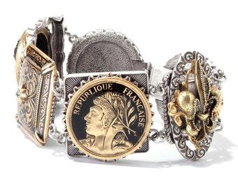 French Bracelet, Coin Bracelet, Cameo Bracelet, Fleur De Lis Bracelet, Paris Bracelet, French Coin, French Jewelry, Vintage Bracelet BR262