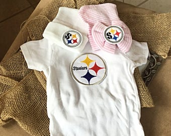 Pittsburgh Steelers hospital hat coming home outfit, Pittsburgh steers beanie and onesie, boy or girl, pink, blue white hat