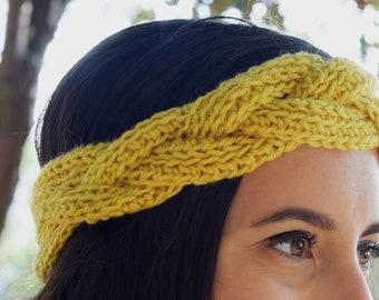 Cabled headband - Yellow ocher