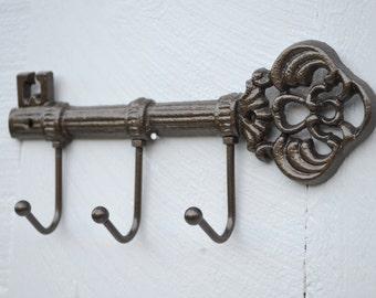 Skeleton Key Wall Hook Bronze Brown Key Hook / Leash Holder / Key Hook Organizer / Jewelry Holder / Housewarming Gift / Rustic Home Decor