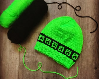 Creeper Knit Hat.  Hand Knit in the Style of Minecraft.  Green & Black Beanie