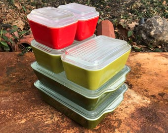 6 Pieces of Pyrex Refrigerator Dish Lid Sets Vintage Mid-Century Green Red Golden