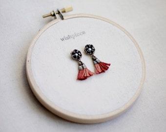 SMALL TASSEL EARRINGS / tassel jewelry / small dangle earrings / nickel free earrings / handmade jewelry / wishpiece