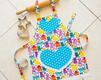 Kids/Toddlers Apron Cats, girl kitchen craft art play apron, cats polka dots on turquoise hearts, child lined cotton apron with heart pocket