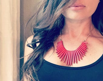Red spike collar necklace