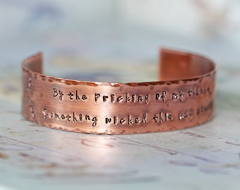 Shakespeare Jewelry - Something Wicked this way Comes Copper Cuff Bracelet - William Shakespeare Macbeth Quote - Shakespeare Bracelet