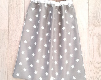 Elastic / waterproof bib with stars for children 18 months to 6 years