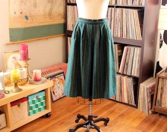 "1970s green wool skirt with pockets, 26"" waist"