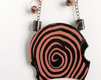 Fimo spiral necklace in black and orange