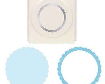 Martha Stewart Laying Punch - Scalloped Circle
