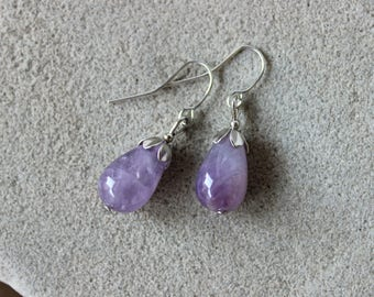 Amethyst Earrings, Lavender Amethyst Earrings, Amethyst Jewelry, Lilac Bead Earrings, Purple Bead Earrings, Amethyst Silver Earrings