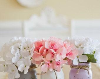 Painted Mason Jars. Light Grey/White/Lilac.Vintage looking Painted Mason Jars.Wedding Centerpiece. Table Topper.  Wedding Decoration. .