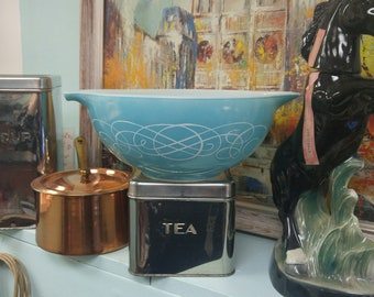 "Vintage Pyrex ""Turquoise Scroll"" Promotional Cinderella 443 Bowl!"