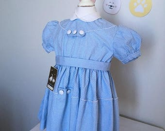 Vintage 50's, baby girl body in blue and white checkered cotton dress, 12 months