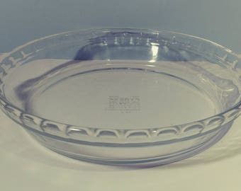 """9 1/2"""" Pyrex Clear Glass Round Pie Dish Fluted Scalloped Edge Deep Baking Dish with Handles #229 USA Glassware Bakeware Kitchenware Cookware"""