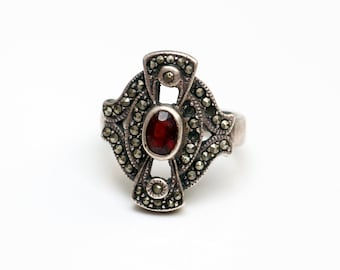 Sterling Silver (925) Victorian Ring-facet cut ruby-Marquisette