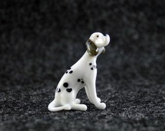 Color Glass Dalmatian Figurine.Dog Figurine Glass.Figure miniature.glass lampwork.glass dog sculpture.dog figurine.(e21-2)