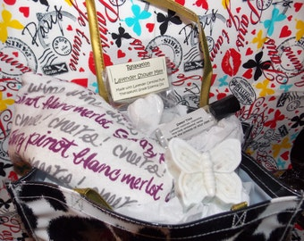 Aromatherapy Spa Gift Bag with Essential Oils