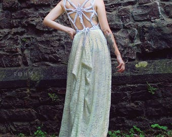 "Handmade (Wedding-) Dress ""Butterfly No.2"", ROHMY Gold Label /// Floor-length Bridal Gown with short train /// Eden Collection"