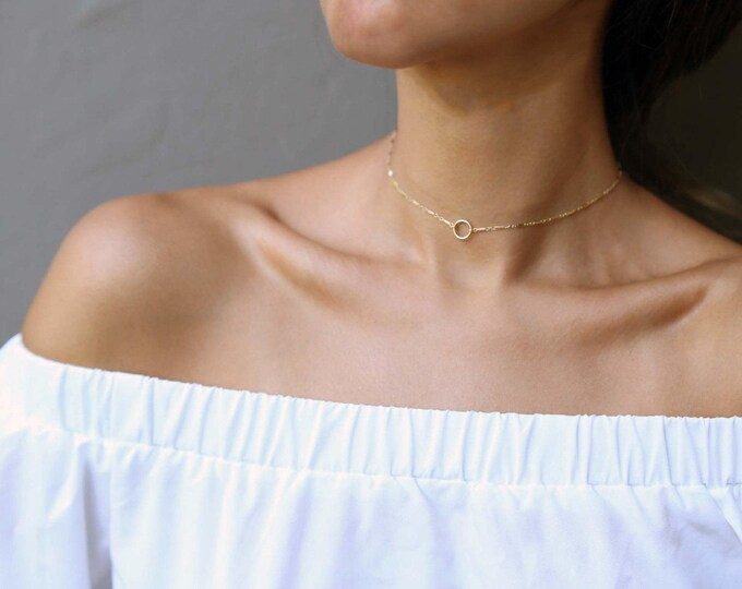 Center Circle Choker in gold gold filled and sterling silver / Halo Choker necklaces / Bohemian Hobo Chokers / Circle Short Necklace //EC10