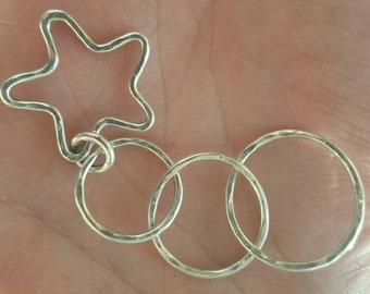 Strumplinks circles with hanging star