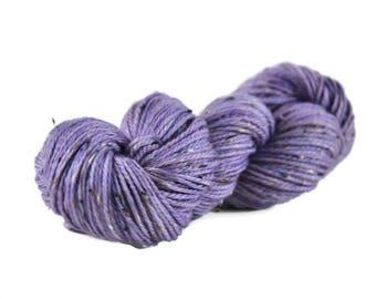 Superwash Merino, Aran weight yarn, hand dyed, Donegal Tweed Yarn, 85/15 Superwash Merino/Nep, purple, lavender, Aran Tweed yarn - Moonrise