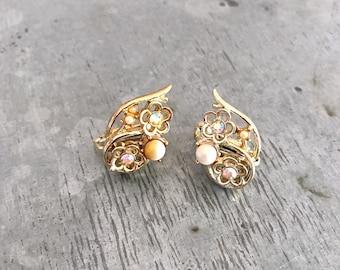 Jewelcraft earrings, vintage clip on earrings, rhinestone earrings, aurora borelis, vintage earrings, gold flower earrings, flower earrings