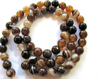 Striped Agate, 29 beads, 6mm, tan brown and beige - 483