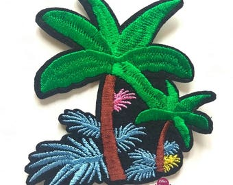 Embroidered back fusible Palm patch palm tree island 8.5 cm