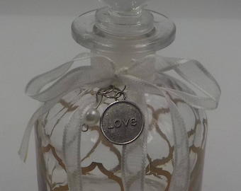 Very Chic - Vintage Glass Vanity Bottle - Bath Oil Bottle - Perfume Bottle -