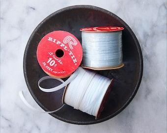 Vintage Paper Curling Ribbon / 3 Rolls Faded Blue / Rippl Tie Ribbon Spool / NOS