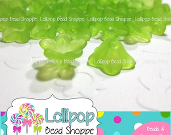 Lucite FLOWER Beads Frosted 13mm 50 pcs GREEN - Lily Flowers - Acrylic Plastic Flower Bead Caps