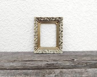 5 x 7 Ornate Gold Metal Frame - Filigree Picture Frame - Art Deco - Brass - 5x7 Frame - Golden Decor - Large Metal Frame -7x5 Filigree Frame