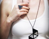 Long minimalist necklace with a modern geometrical style _ edgy abstract design _ Spring Summer
